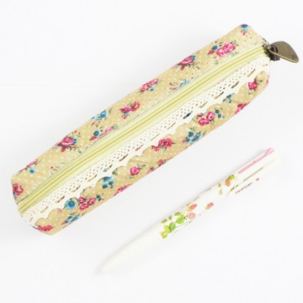 Brown rose pencil case
