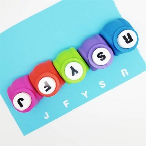 Letter craft punch